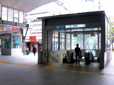秋葉原駅エスカレーター